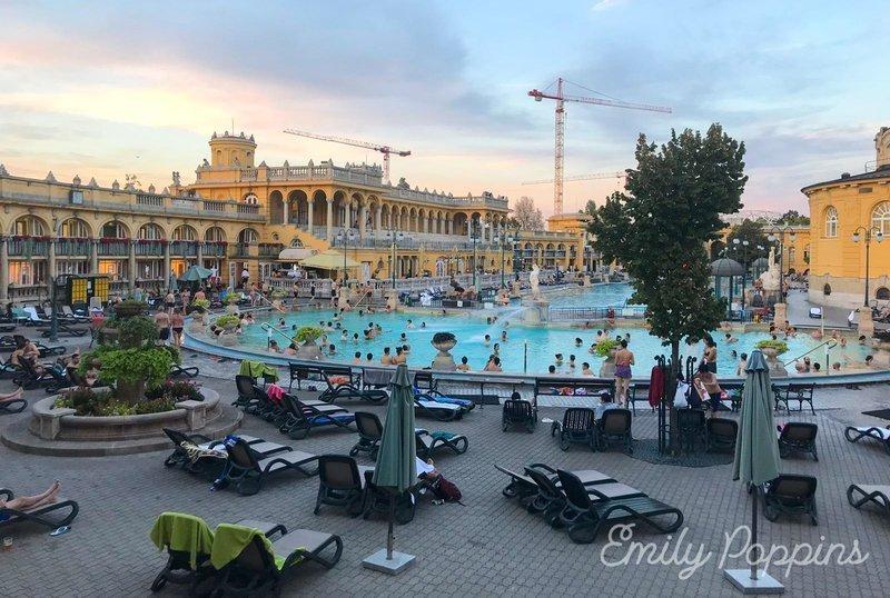 baños-szechenyi-budapest-balneario