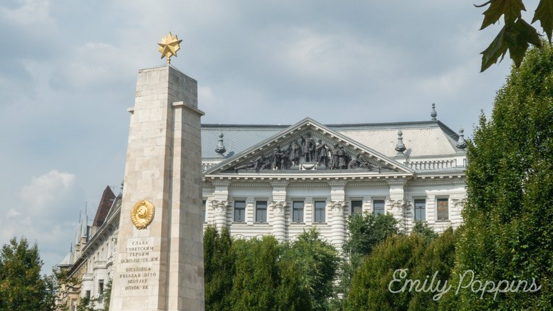budapest-monumento-sovietico-ejercito-rojo