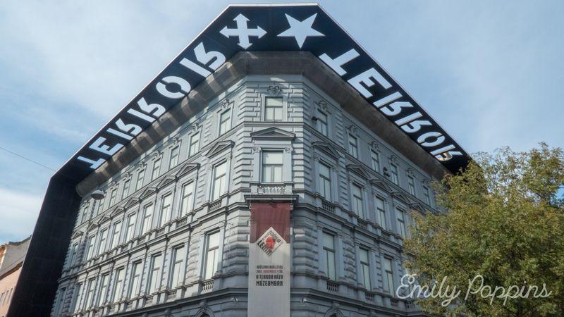 casa-museo-terror-budapest-fachada