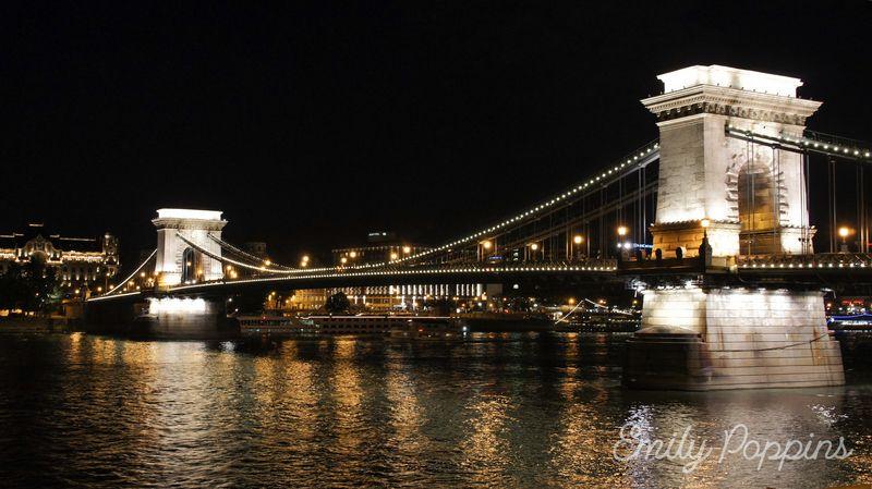 crucero-danubio-budapest-puente-cadenas
