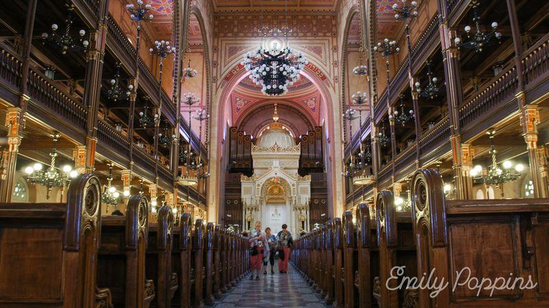 interior-sinagoga-budapest
