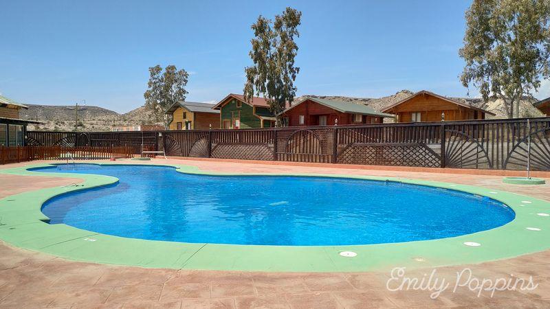 almeria-fort-bravo-piscina-hotel