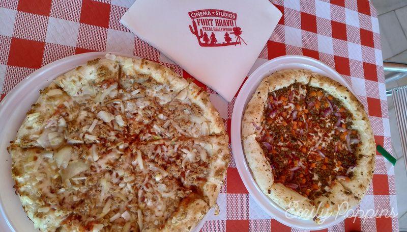 almeria-fort-bravo-pizzas-comida