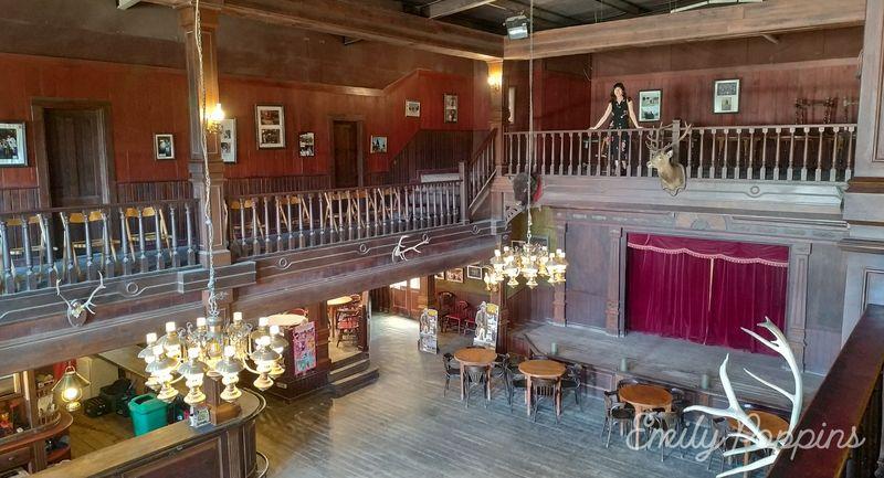 fort-bravo-saloon-superior